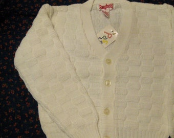 4d67e161d Vintage Boys Acrylic White Knit Cardigan Size 7, V Neck Sweater with  Buttons, 100% Orlon Acrylic Sweater,Boys Cardigan Sweater,Reduced Price