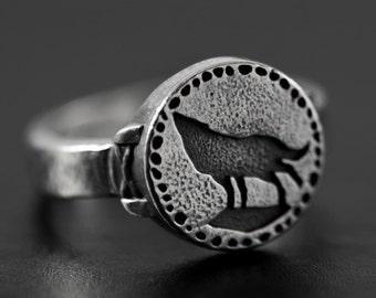 Video game jewellery gift Silver wolf Ring Dark souls ring Dark souls cosplay Men statement signet animal ring Geek birthday gift.