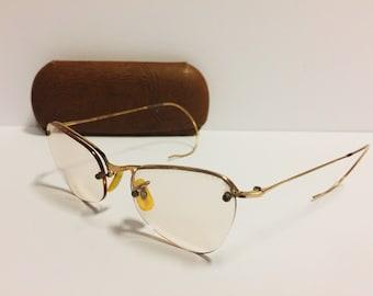 4d34b559370f Vintage Wire Frame Eyeglasses and Vintage Case