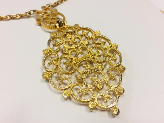 Vintage D/'Orlan Gold Tone Necklace Scrollwork Pendant and Chain