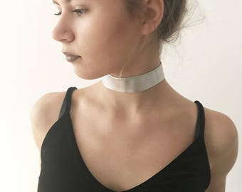 Choker // Silver Holographic Leather