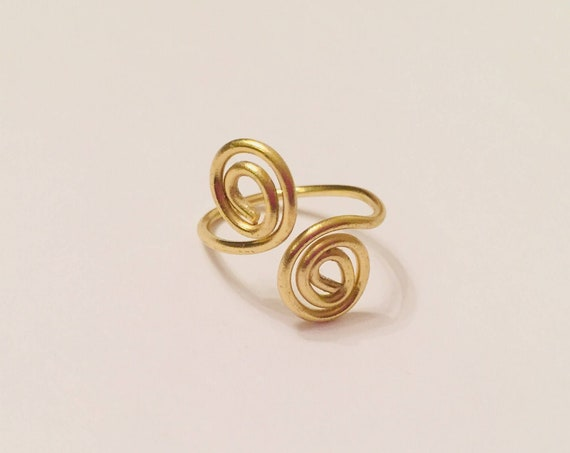 Size 4 Brass Ring | Wire Wrapped Ring | double Swirly | Handmade | Boho Ring | Custom made | Midi RIng