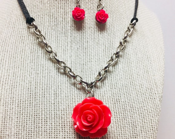 Pink Rose and Silver Pendant Earrings and Necklace Jewelry Set, Handcrafted Jewellery, Cord and Silver Chain, Dangle Earrings, Gift for her