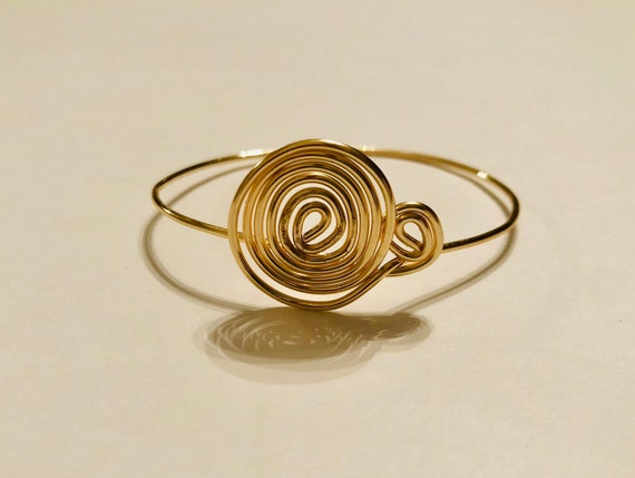 Dainty Swirl Bangle- Copper wire-wrapped Bangle- Handmade Bracelet- Gift for her- Jewellery, various sizes, Adjustable