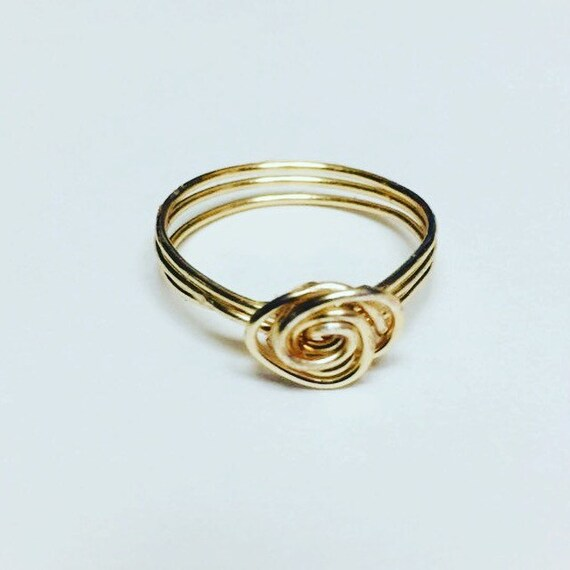 Spiral Gold colored Wire Wrapped Ring, Jewellery, Wire Ring, Handmade Jewelry, Boho Rings, Rings for her, Unique Ring, Gift for mom