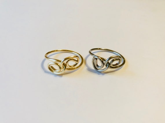 Simple Swirl Ring, Wire Wrapped Ring, Unisex, Silver or Gold colored Jewelry, Ring for him, Handmade Jewelry, Boho Rings, Rings for her