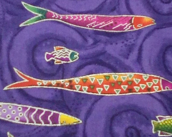 1 Yard of 100% Cotton Fabric, Fish in water, Fishing Lovers, Varieties of Fish in Purple Water and Metallic Waves