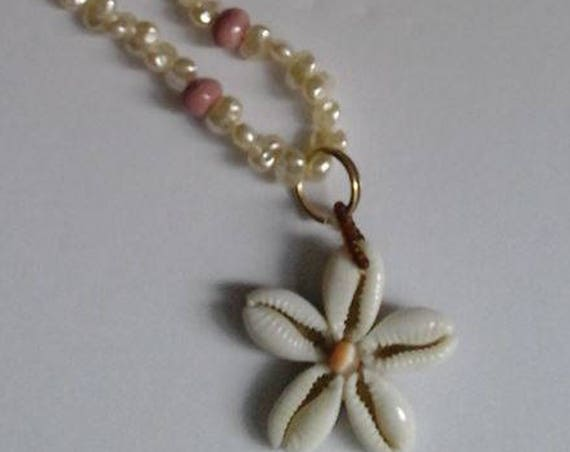 Fresh Water Pearl Necklace with Seashell Star Pendant, Fresh Water pearl Beaded Necklace, Shell Star pendant, Beach Theme Jewelry,