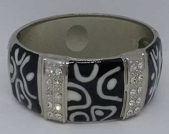 Vintage Chunky Bangle, Black and White Enamel