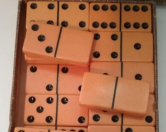 Vintage Dominoes, Vintage Butterscotch Bakelite Dominoes, Vintage Dominoes in Original Box, Bakelite Butterscotch Complete Dominoes Set