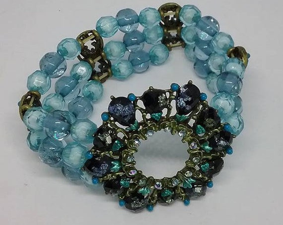 Blue Vintage Stretch Bracelet,