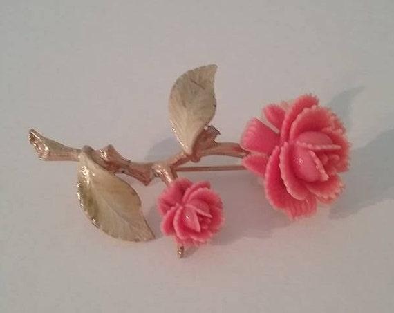 Vintage Pink Roses Brooch, #VintagePinGift, Vintage Resin Pink Roses Pin, Delicate Rose Brooch, #buyVintage, Mother's Day, Pink Roses Pin,