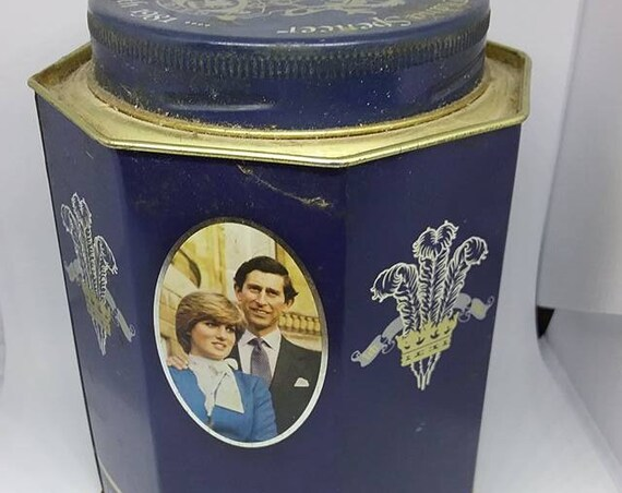 Charles and Diana Collectible, Royal Wedding Rare Tin