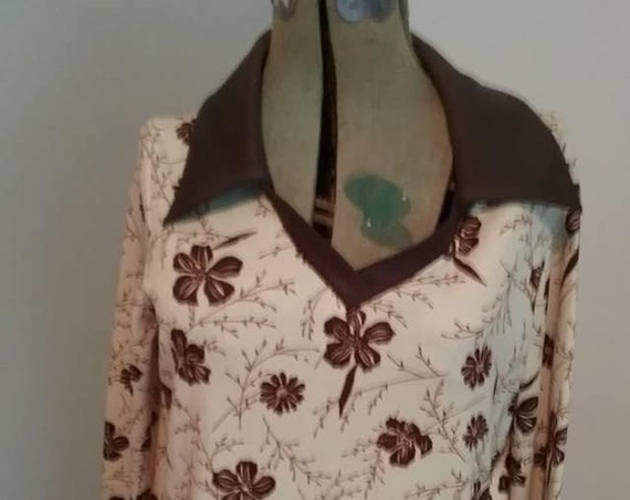 Vintage 70's Women's Tunic, Bell Sleeve