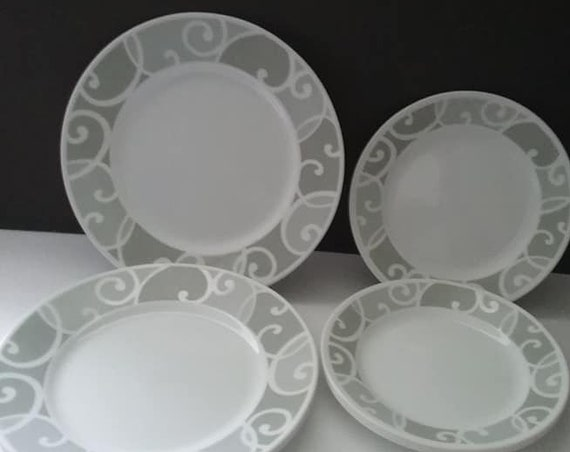 Vintage Corning Ware Plates, Vintage Corning Ware Discontinued Plates, Vintage Corning Vitrelle Plates, Corning Grey Abstract Plate Set