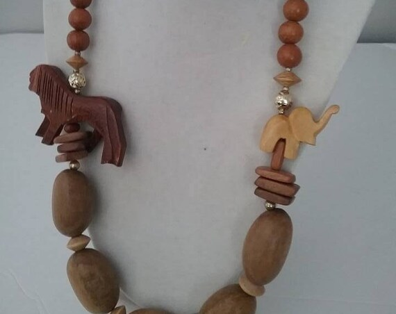 Vintage Wooden Necklace, 70's Hand Carved Lion and Elephant on Wooden Beads Necklace, Wood Necklace with Carved Lion and Elephant,