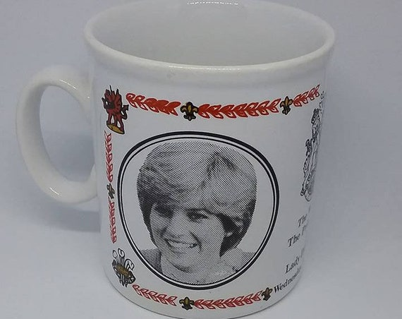 Commemorate Royal Wedding, Prince Charles and Lady Diana Wedding Souvenir, Charles and Diana Wedding, Collectors of Lady Diana Memorabilia