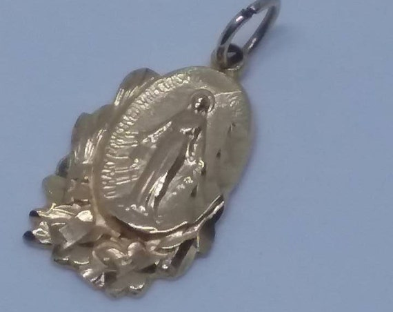 14K Gold Virgin Mary Religious Medallion