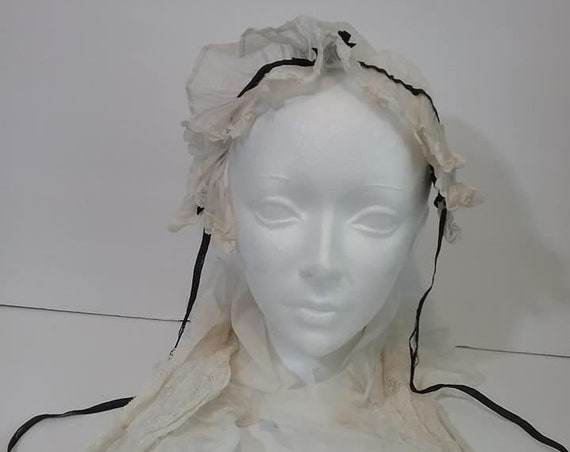 Antique Victorian Lace Maid's Cap and Collar