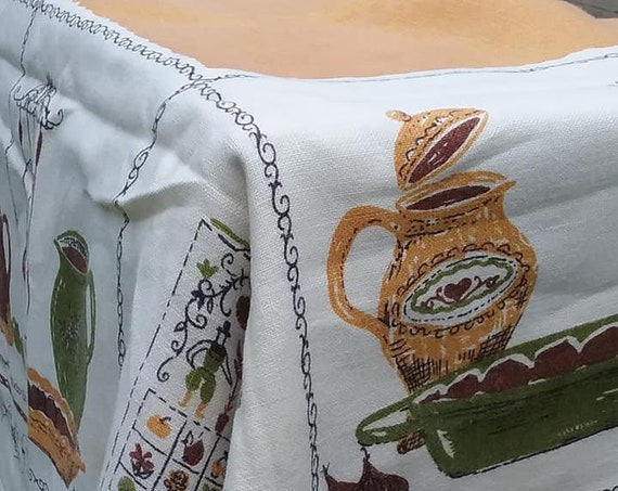 1950's Print Tablecloth, Harvest Gold, Retro Kitchen Pattern