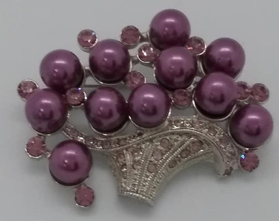 Purple Pearl and Rhinestone Brooch or Pendant