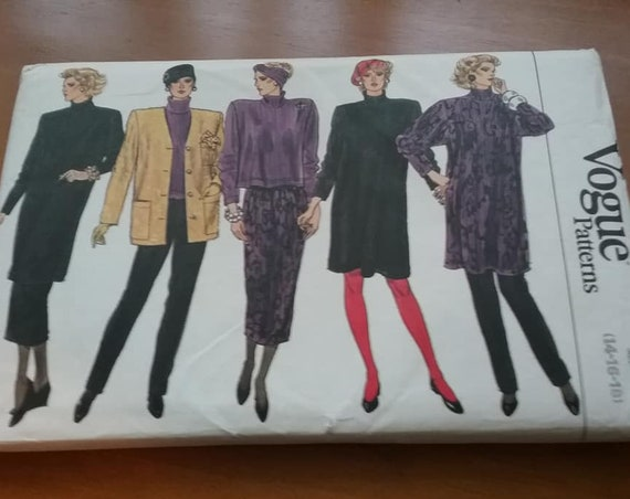 Vintage Vogue Pattern 9698, Multiple Outfits