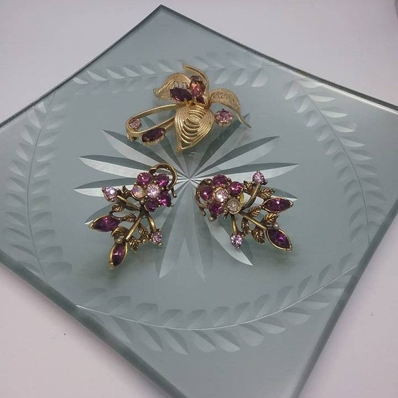 Vintage Purple Rhinestone Brooch and Matching Earrings
