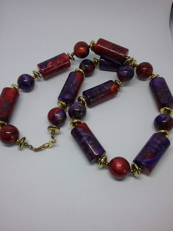 Red and Purple Glass Bead Necklace, Vintage Glass Bead Necklace, Red and Purple Retro Beaded Necklace, Tube and Circle Glass Bead Necklace