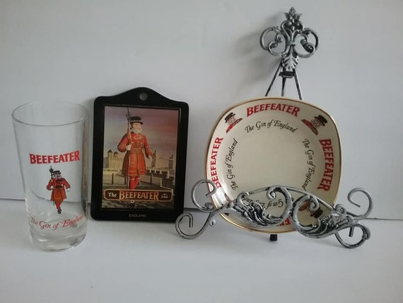 Vintage Beefeater Gin of England Barware, Glass Ashtray and Pub Sign