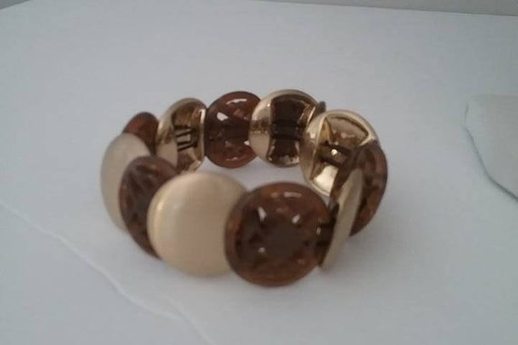 Monet Lucite stretch Bracelet,