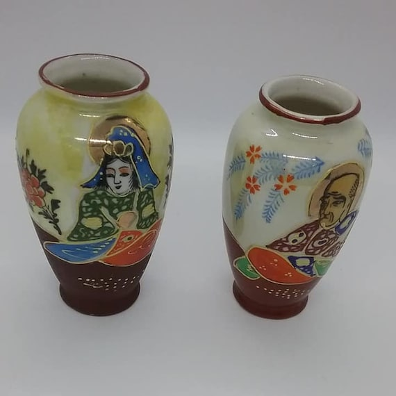 1940's Japanese Vases or Urns, Tomoe China
