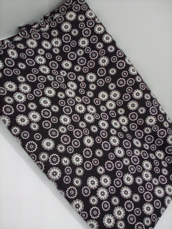 2 Yards Black and White Floral Fabric, Black and White Geometric Floral Material,  Abstract Floral Print