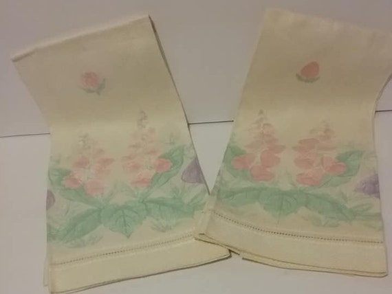 Vintage Hand-painted Linen Hand Towels, Floral