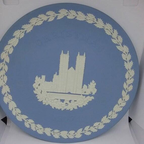 Vintage Wedgwood Jasperware Plate,  Westminster Abbey, Christmas 1977 Plate