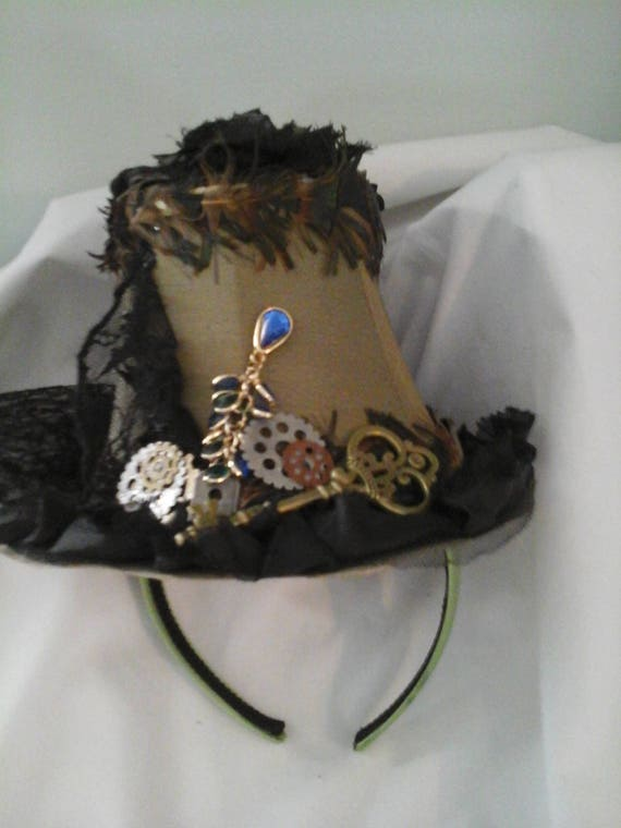 Steampunk Women's Fascinator, Mini Top Hat,