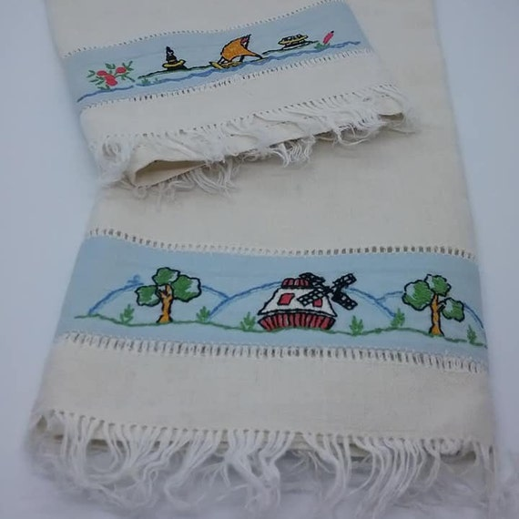 Vintage Linen Hand Embroidered Hand Towels, Dutch Motif
