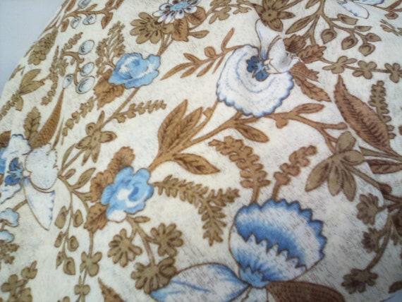 3 Yards Floral Printed Fabric, Printed Onionskin Knit, Vintage Style Material