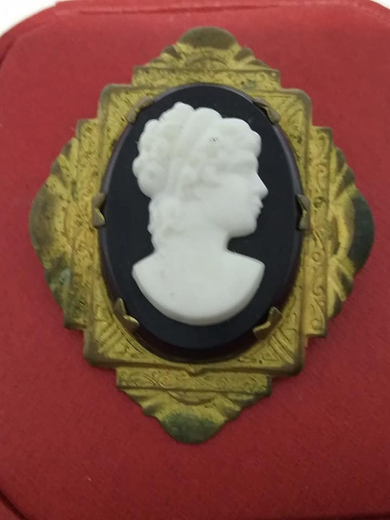 Vintage Cameo Brooch, Victorian Revival, Mourning Pin