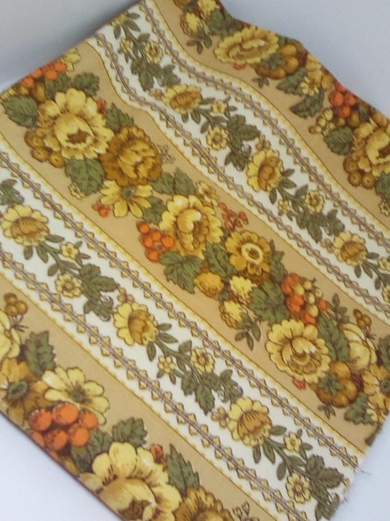 1 Yard Mid Century Modern Fabric,  An Original Waverly Fabric, Vintage Green and Gold Floral Material,  70's Floral Fabric