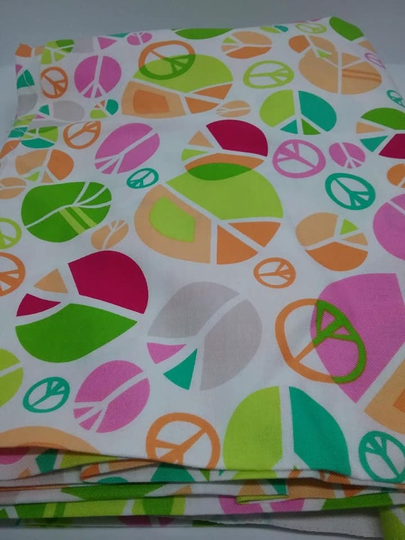 4 Yards Cotton Material, Peace Signs, Retro 60's, Light Colors Fabric