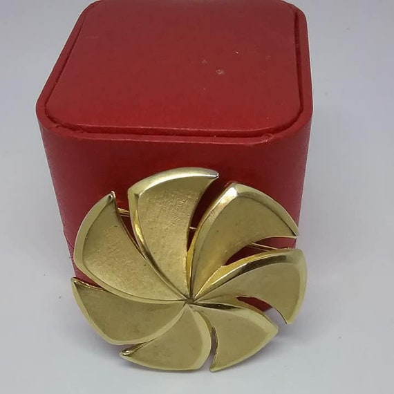 Crown Trifari Golden Spiral Brooch, Vintage Crown
