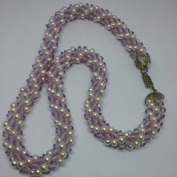 Vintage Twisted Faux Pearls, 1950's Twisted Pearl Beaded Necklace, Twisted Pearls Vintage Necklace, Retro Mauve and White Twisted Necklace