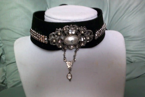 Victorian Steampunk choker, Goth Black, One-of-a-kind