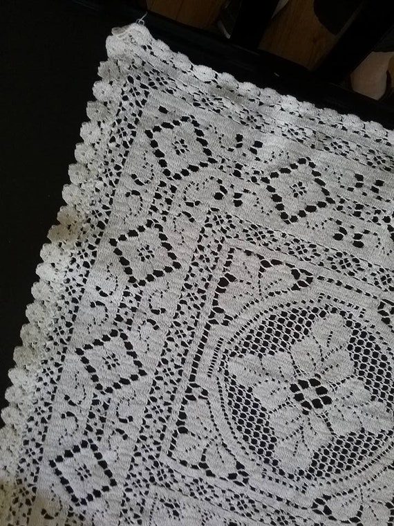 Vintage Beige Crochet Linen Tablecloth,