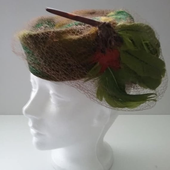 Vintage Feather Pillbox Hat, Vintage Netted Feathe