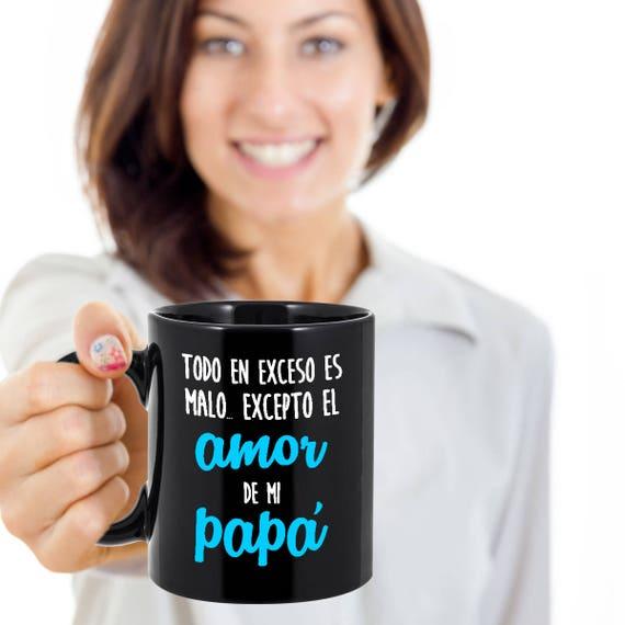 Papà contro figlie appuntamenti tazza di caffè