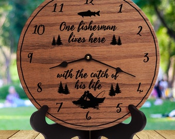 Cabin Cottage Country Fishing Hook GREAT GIFT Old Fisherman FUNNY Wall Clock