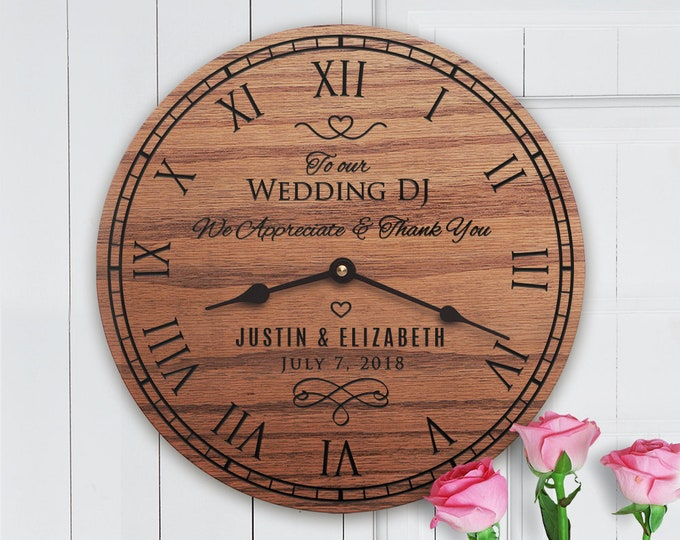 Personalized Wedding Gift For Wedding DJ - Gift for Wedding Entertainer from Bride and Groom - Couple - Wedding Entertainment - Wedding DJ