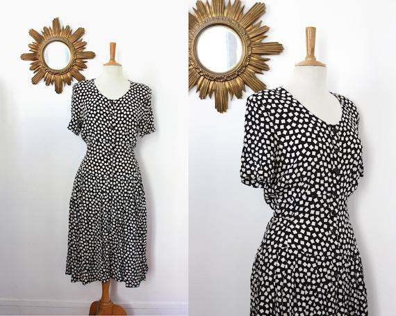 CACHAREL / 80's vintage Cacharel buttoned dress wi
