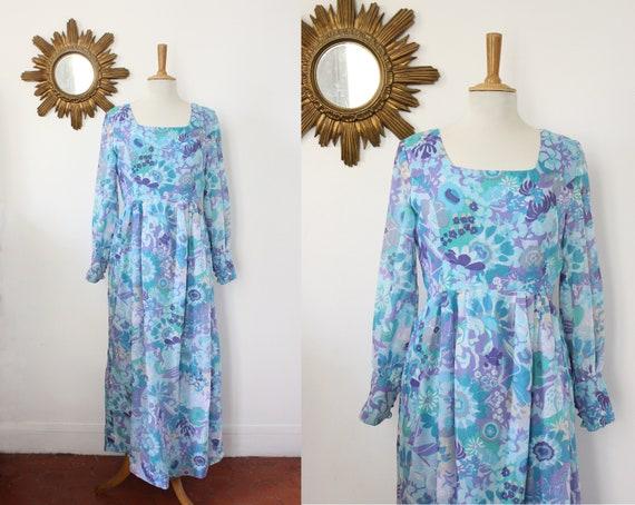 Vintage long floral empire waist 70's floral print